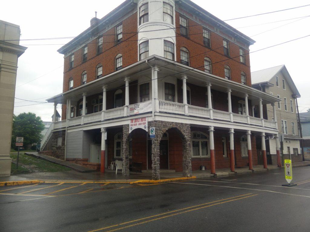 Doyle Hotel, Dalton